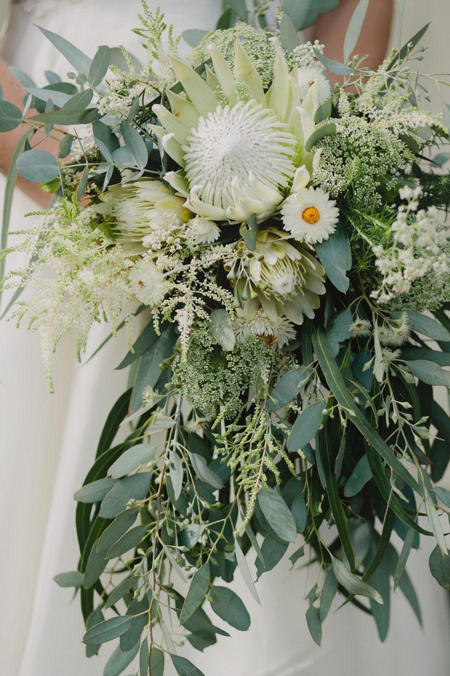 melbourne-wedding-photographer-elleni-toumpas-11-1-900x0-c-default.jpg