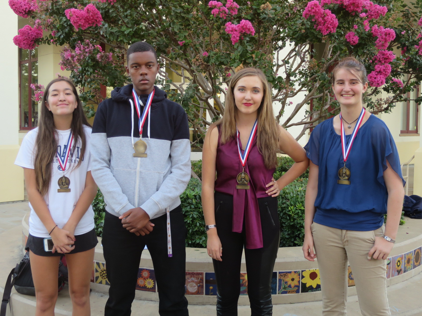 Tournament finalists Bishop O'Dowd Sophia Yau-Weeks & Shawn Cunningham and Windsor Claire Ernst & Anna Skarr
