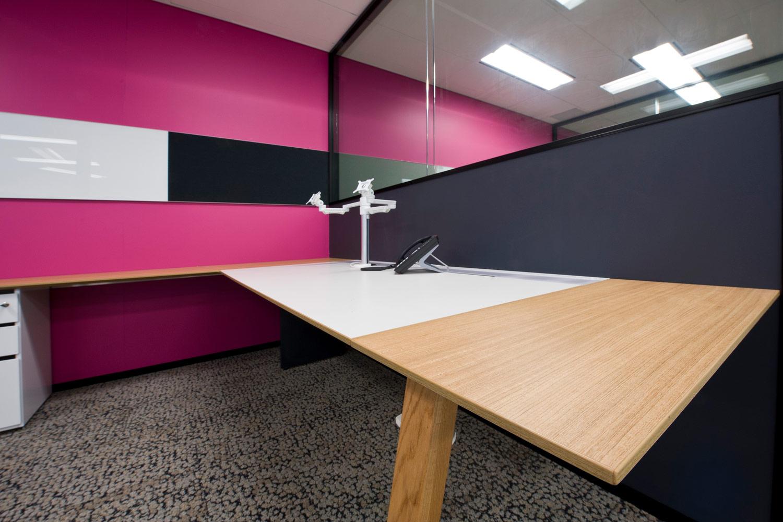 Project-T office desk
