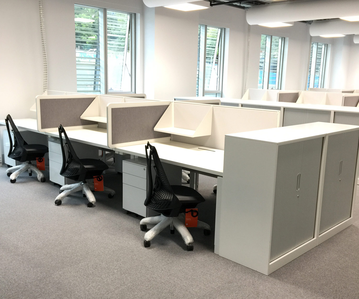EX workstations, Easy mobile pedastals and Smart Tambour storage