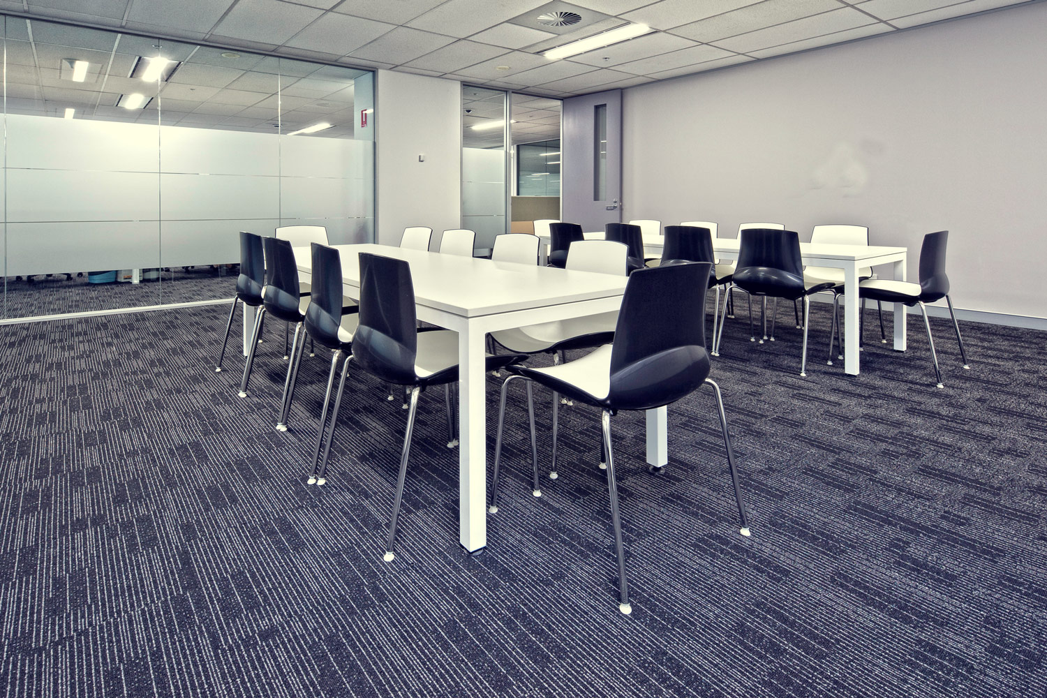 Lunch room tables, Neo casual chairs