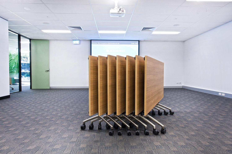 RJ Mobile Flip Tables