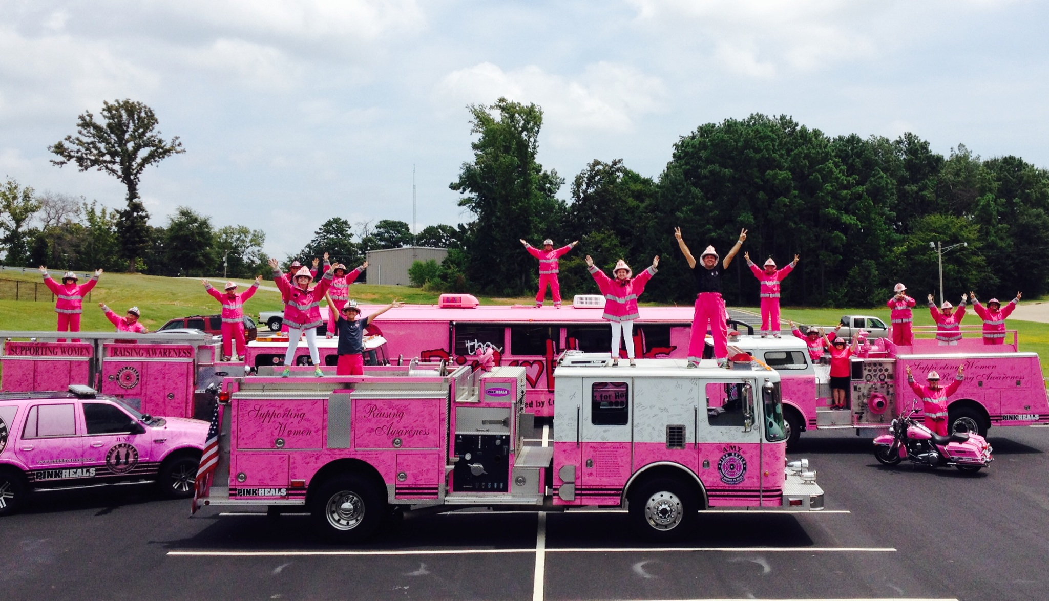 Group Fire Truck Photo  Aug 17 2014.jpg