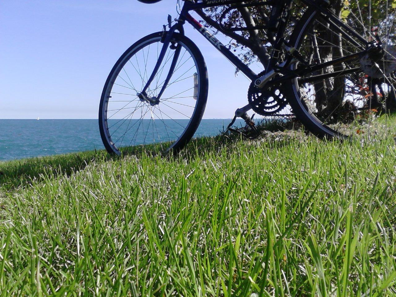 bike by the lake.JPG