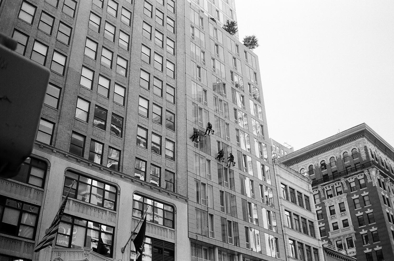 142-New-York-BW-Street-Style.jpg
