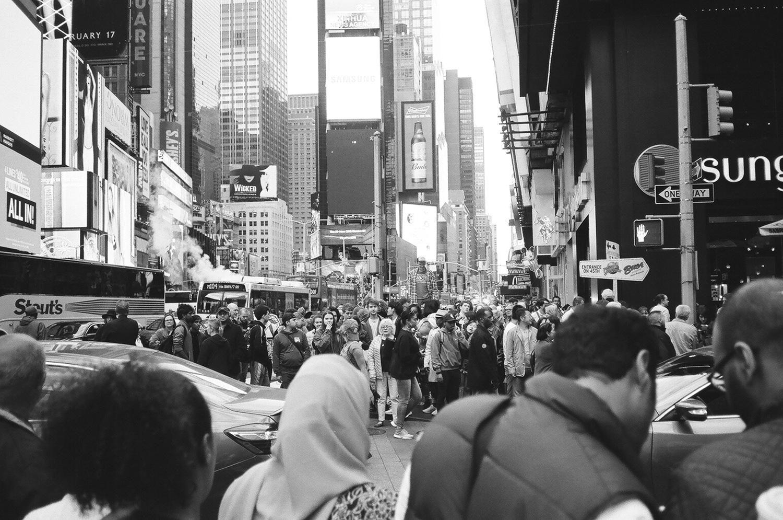 158-New-York-BW-Street-Style.jpg
