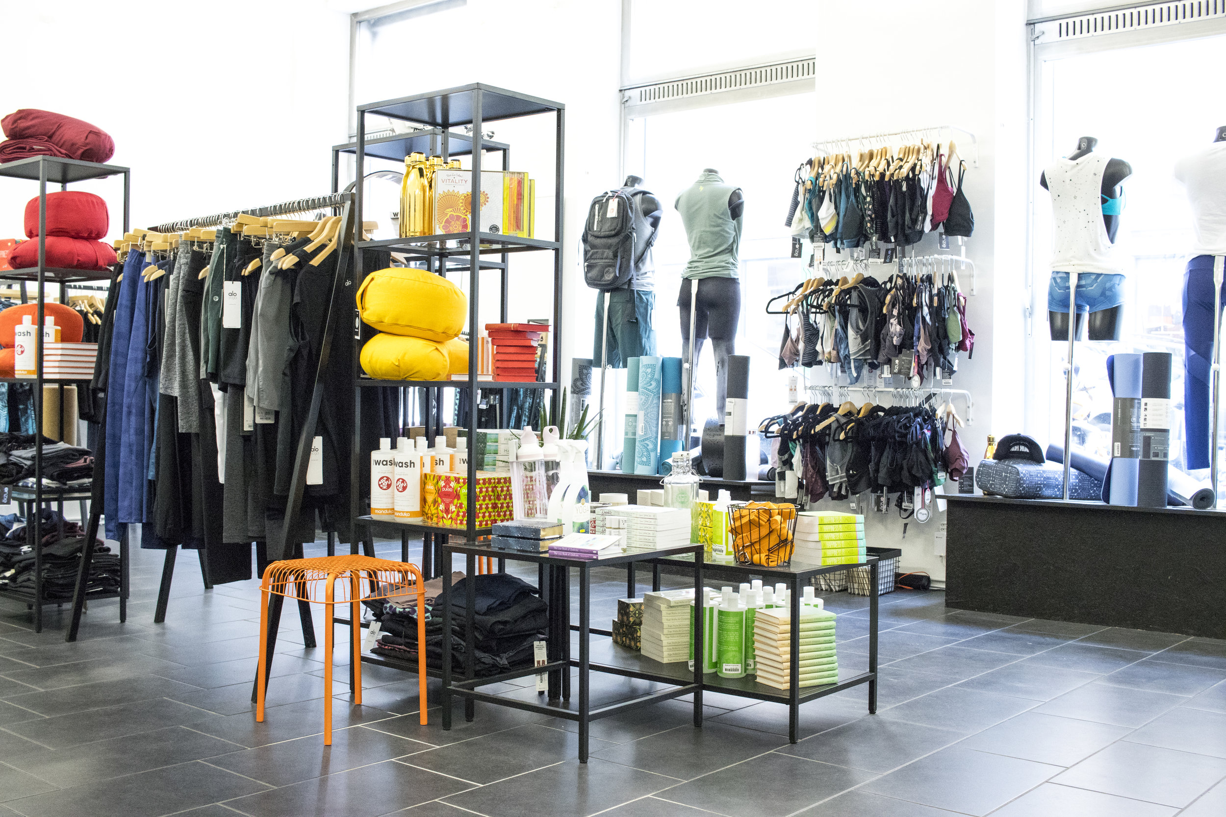 Shop_innen02.jpg