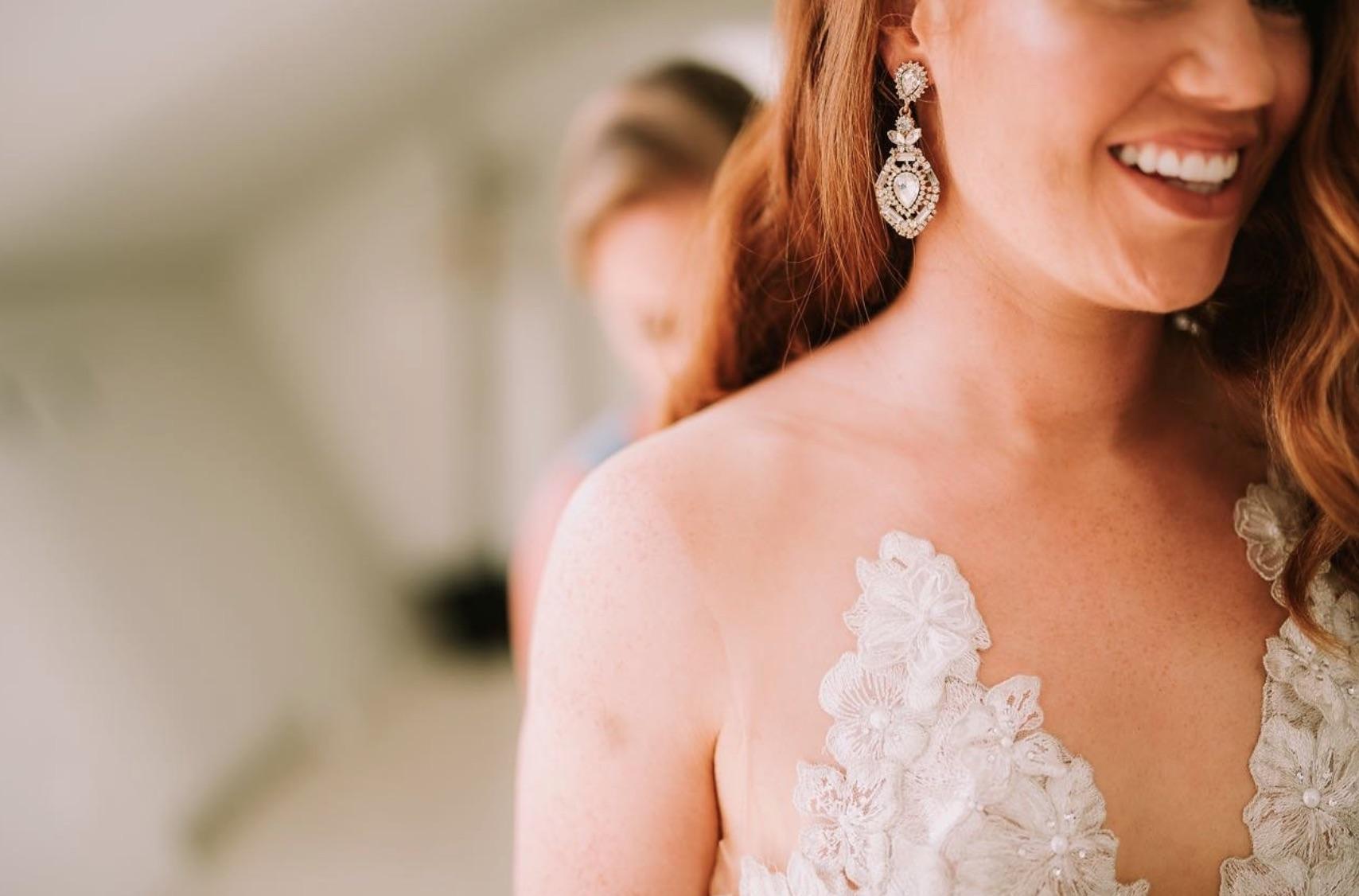 WEDDING DRESS DETAILS.jpg