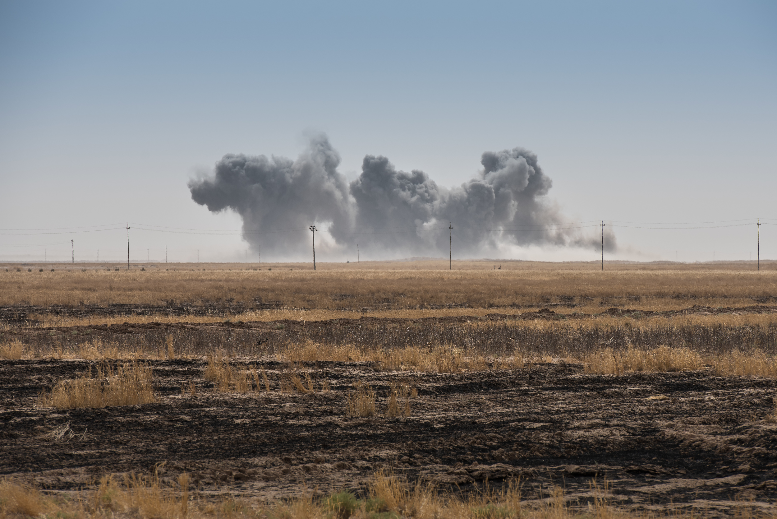 A coalition airstrike on a Islamic State (ISIS) position near the town of Makhmur (مەخموور)