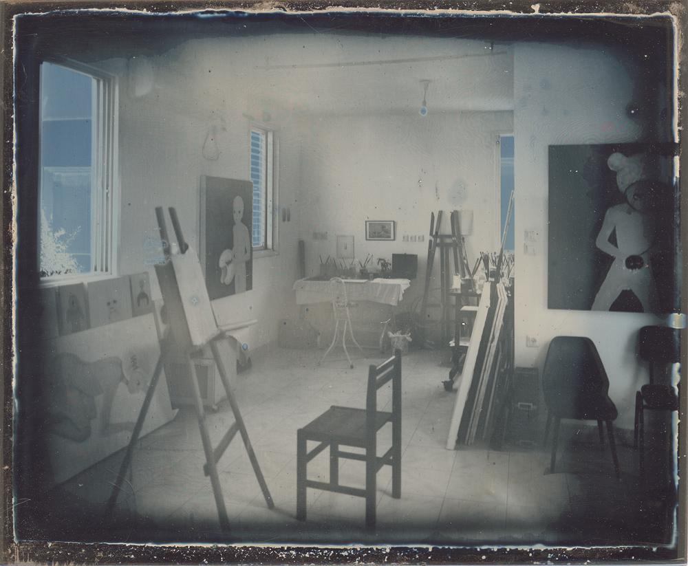 Dafna_Gazit,_The_Studio,_Daguerreotype,_9x11cm,_2012.jpg