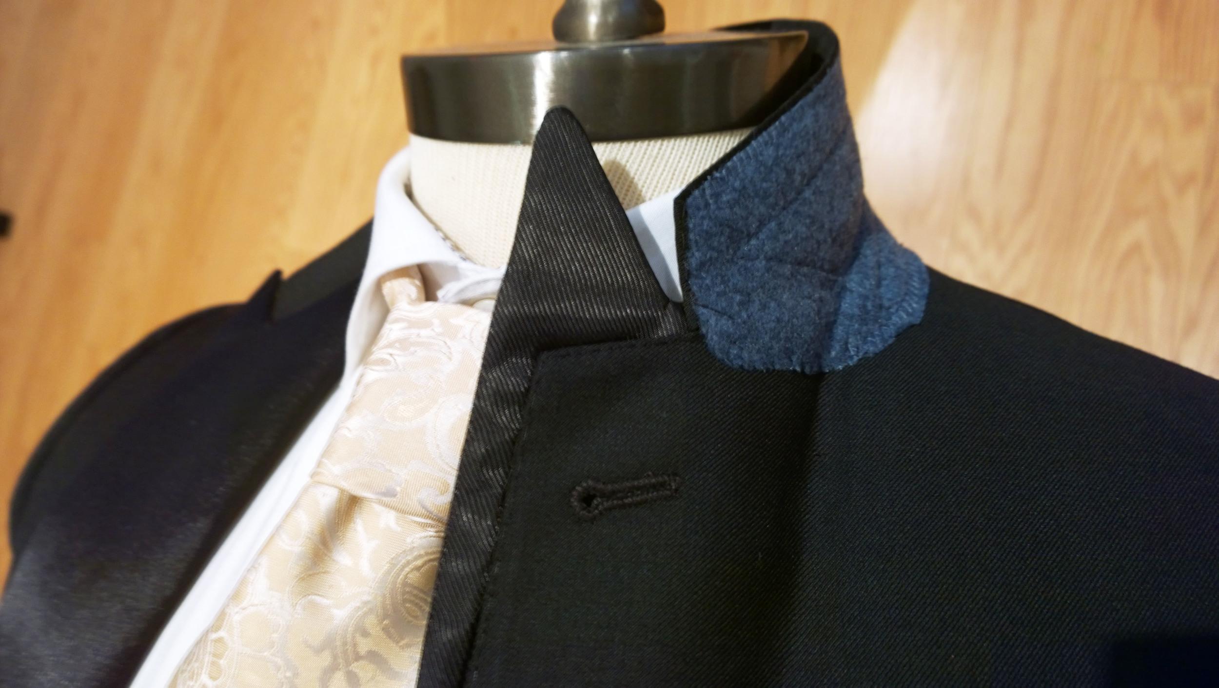 Moderation Suit - Removable Tuxedo Lapel