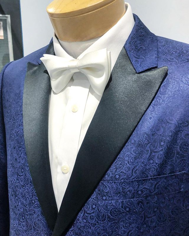 Gorgeous blue paisley smoking jacket perfect for weddings and special events!