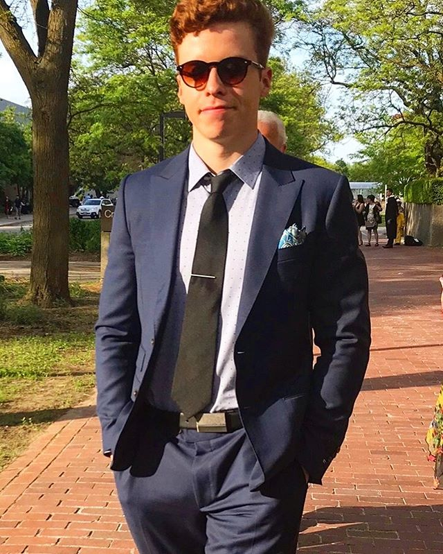 @tarofh Sporting his bold solid navy suit. Congratulations on graduating🎉 - - - - - - - - #toronto #suit #graduation #style #fashion #menswear #summer #customsuit #custom #menwithclass #styleforum