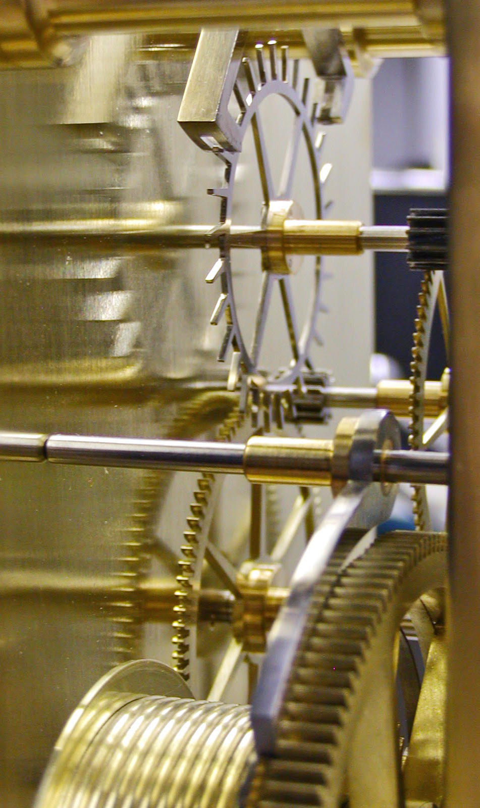 Courtesy of the Arcadian Clock Co.  The Arcadian R Astronomical Regulator, Erika Johnson (under the guidance of David Munro)