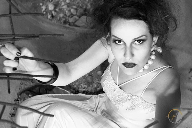 """""""Let's go shoot!"""" Thank you @msangelamarinis for the fab hair and makeup! Thank you @mczoe1 for the style input and support, thank you @film_ninja for the support, and of course huge thanks to @_kataneuse_ for posing and keeping the energy up and being down for all kinds of #shenanigans !#blackandwhitephotography #blackandwhitephoto #portraitphotography #editorial #dramaticmakeup #woman #styledshoot #collaboration Collaborating with other creatives is never #work it's always #motivational."""