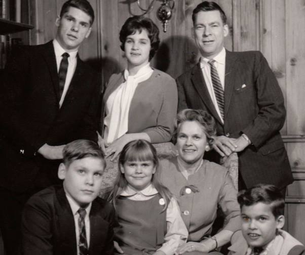 A Sanders family throwback. My mother, top center, and her older brother Lynn on the top left. Parents of the two cousins who got to hang in Philly for a warm February evening!