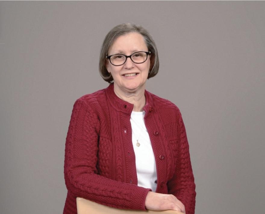 LINDA SHEEKS    DIRECTOR OF WOMEN'S MINISTRY    lindas@grace-community.org