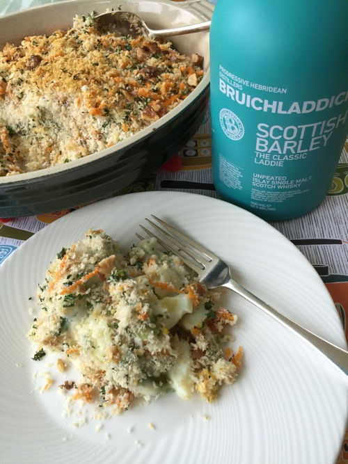 The slightly smoky and salt flavours of this Bruichladdich are perfect with my asparagus and egg crumble