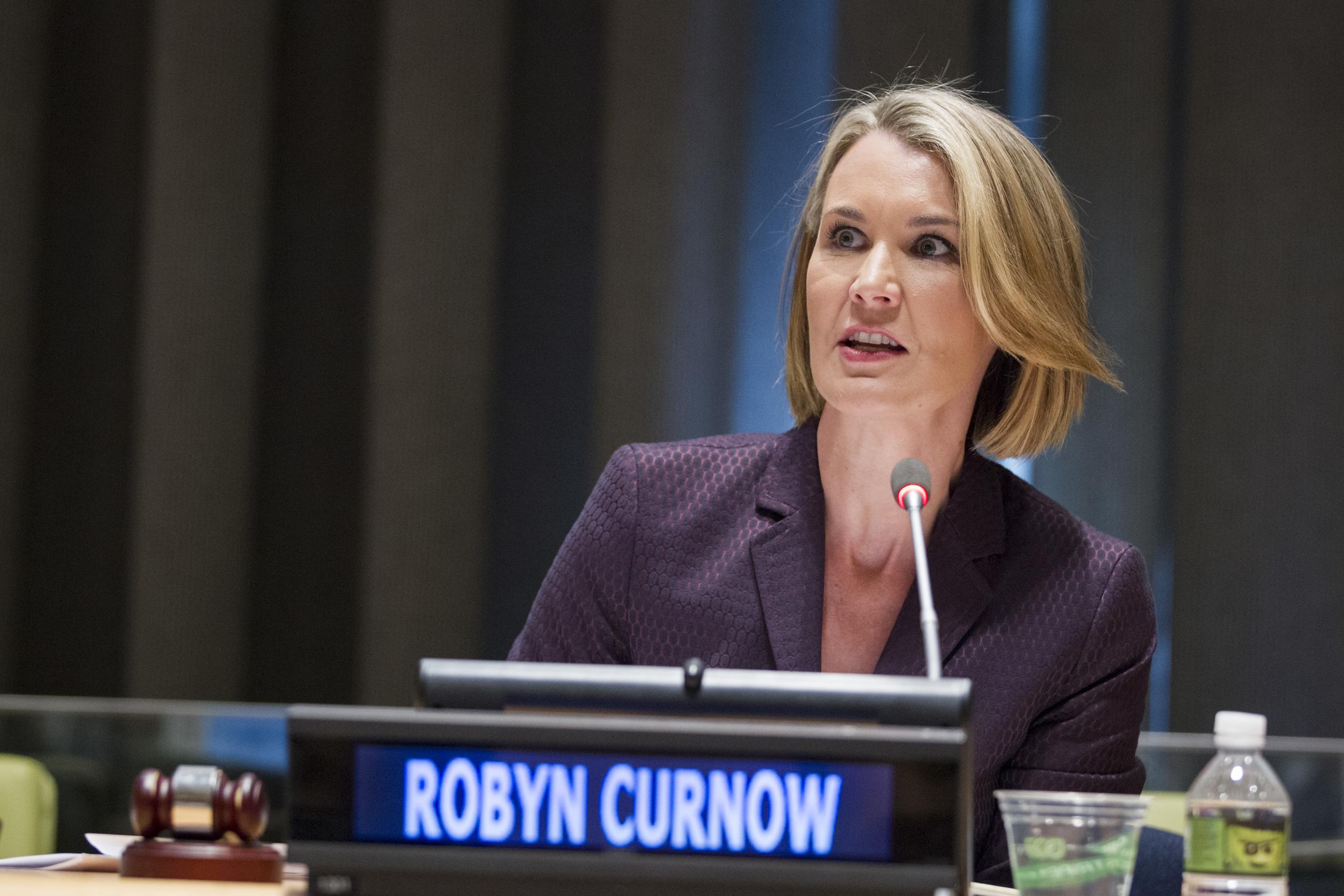 Robyn Curnow