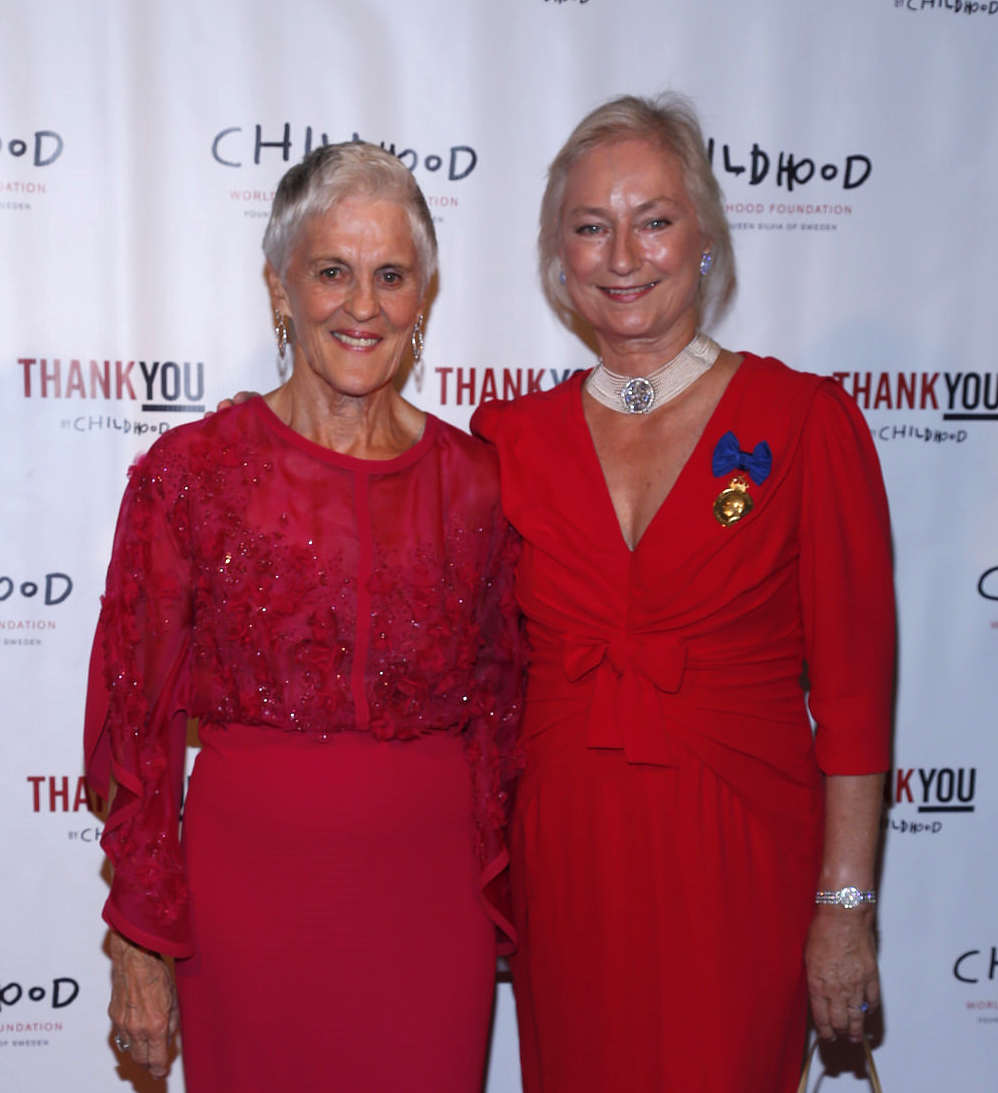 Monika Heimbold (L) Childhood USA Board Member, with Lena Kaplan (R) Childhood USA Vice-Chair Board Memeber at the Childhood USA ThankYou Gala 2015.