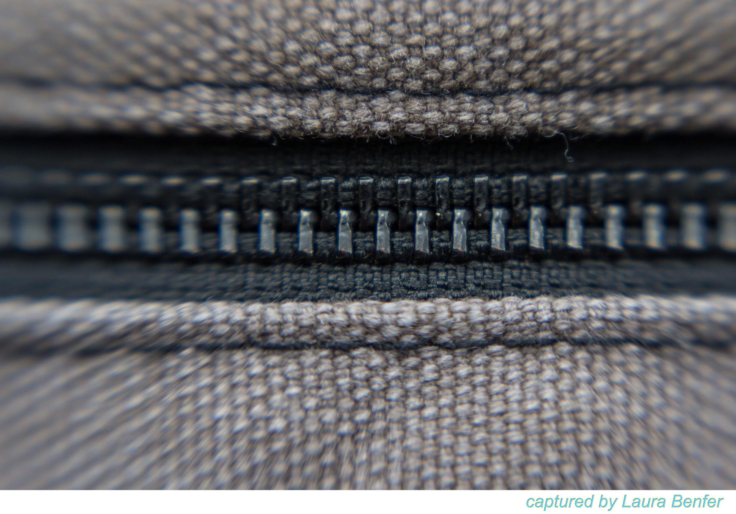 Zipper-1.jpg