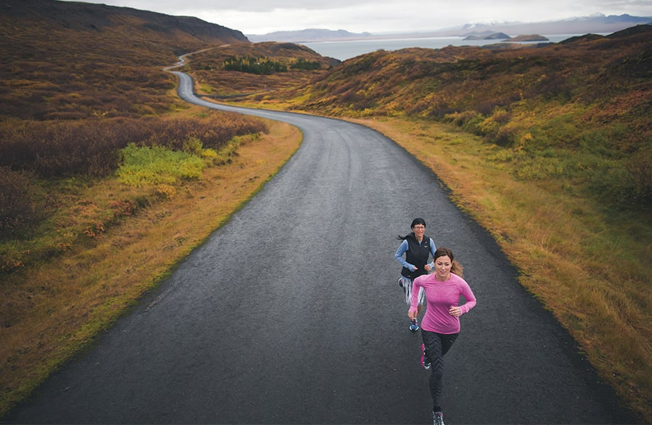 saucony_Two runners by Thingvallavatn.jpg