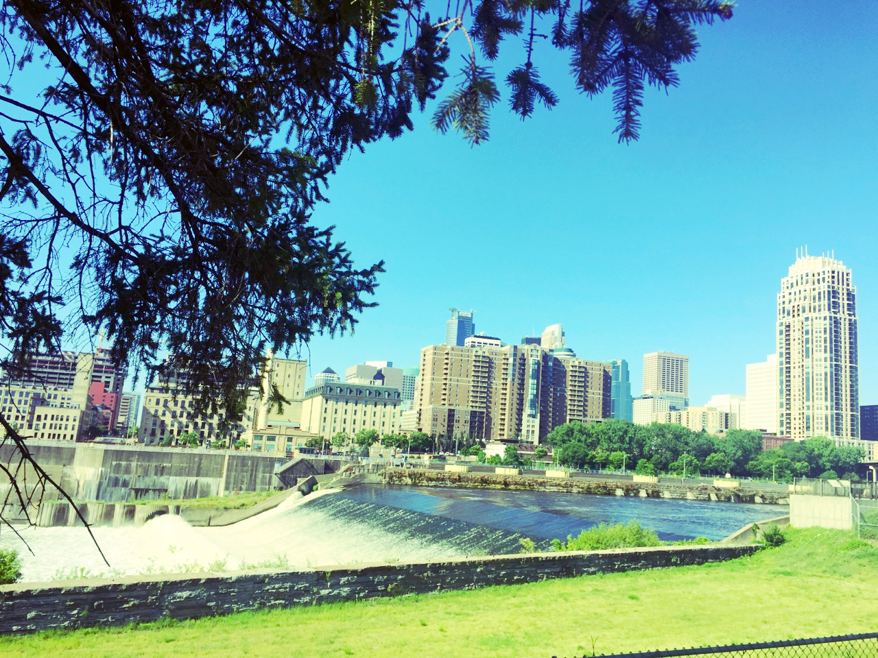 Saint Anthony Falls and downtown view from the Xcel Energy Power Park