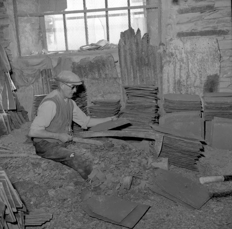 Splitting slates, The Lake District