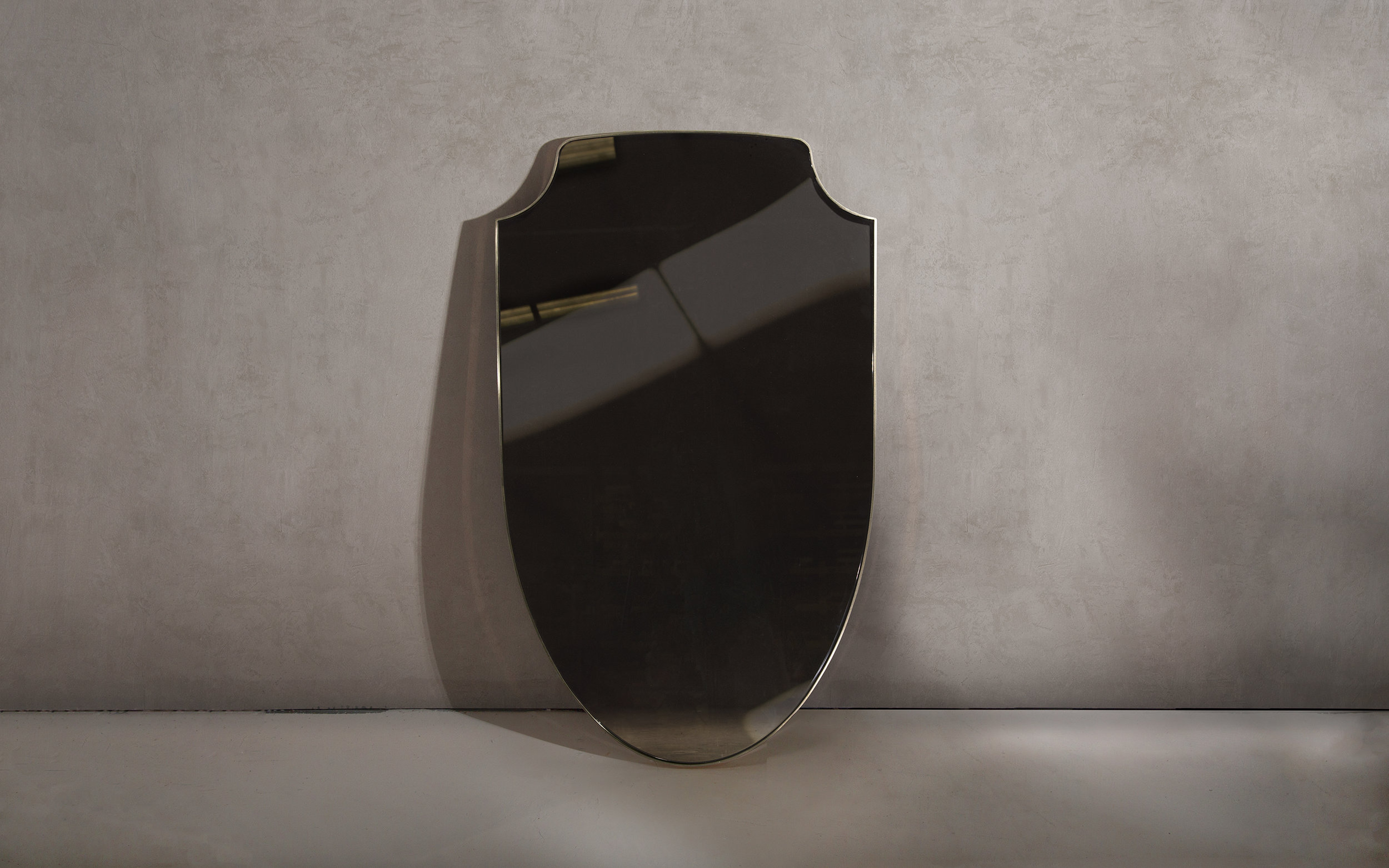 NOVOCASTRIAN_Aegis Brass Mirror_WEB.jpg