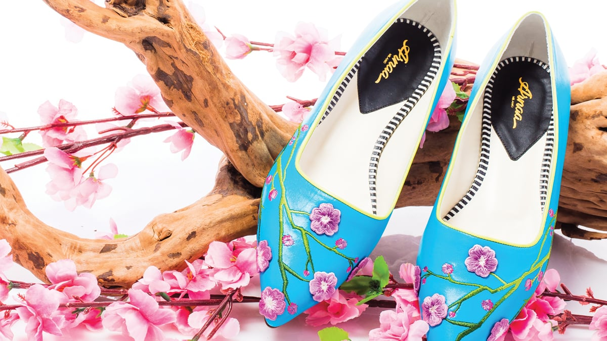 Arnaa_Shoes.jpg
