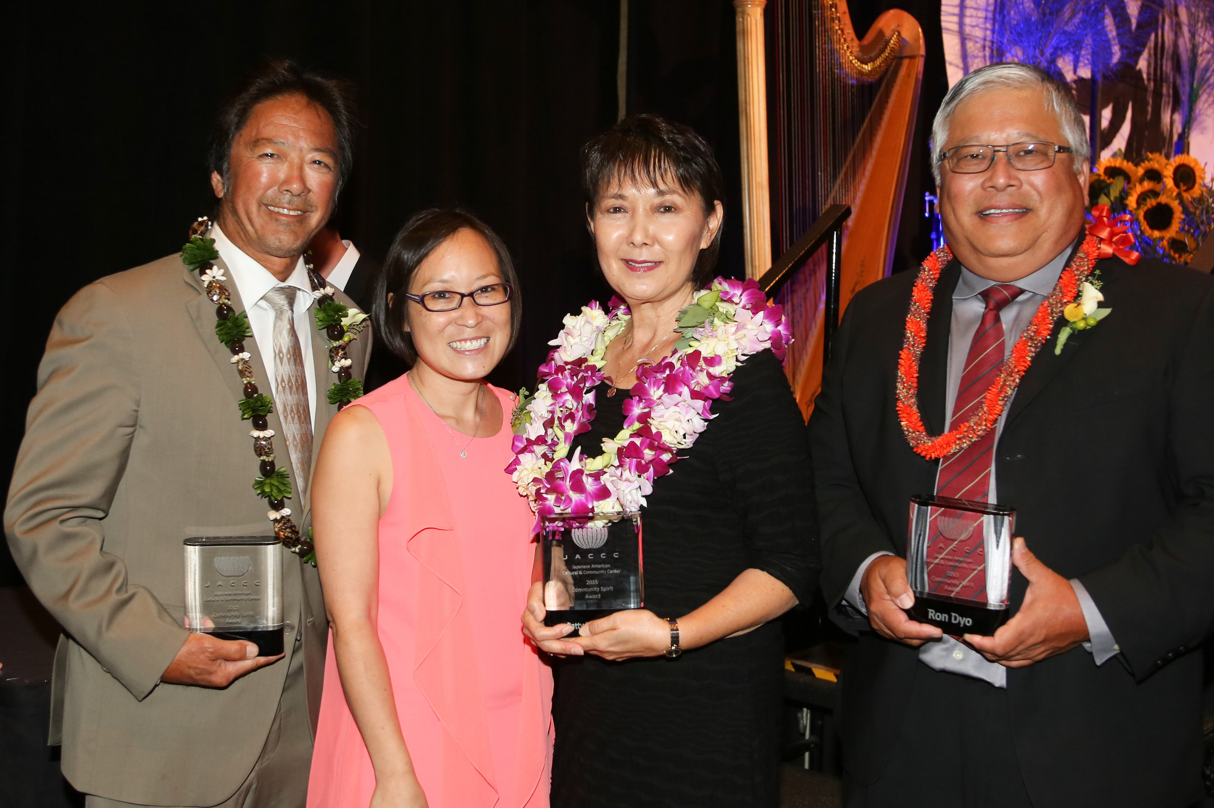 2015 Community Spirit Award Recipients Glenn Tanaka, Patty Ito Nagano, and Ron Dyo with JACCC President & CEO Leslie Ito