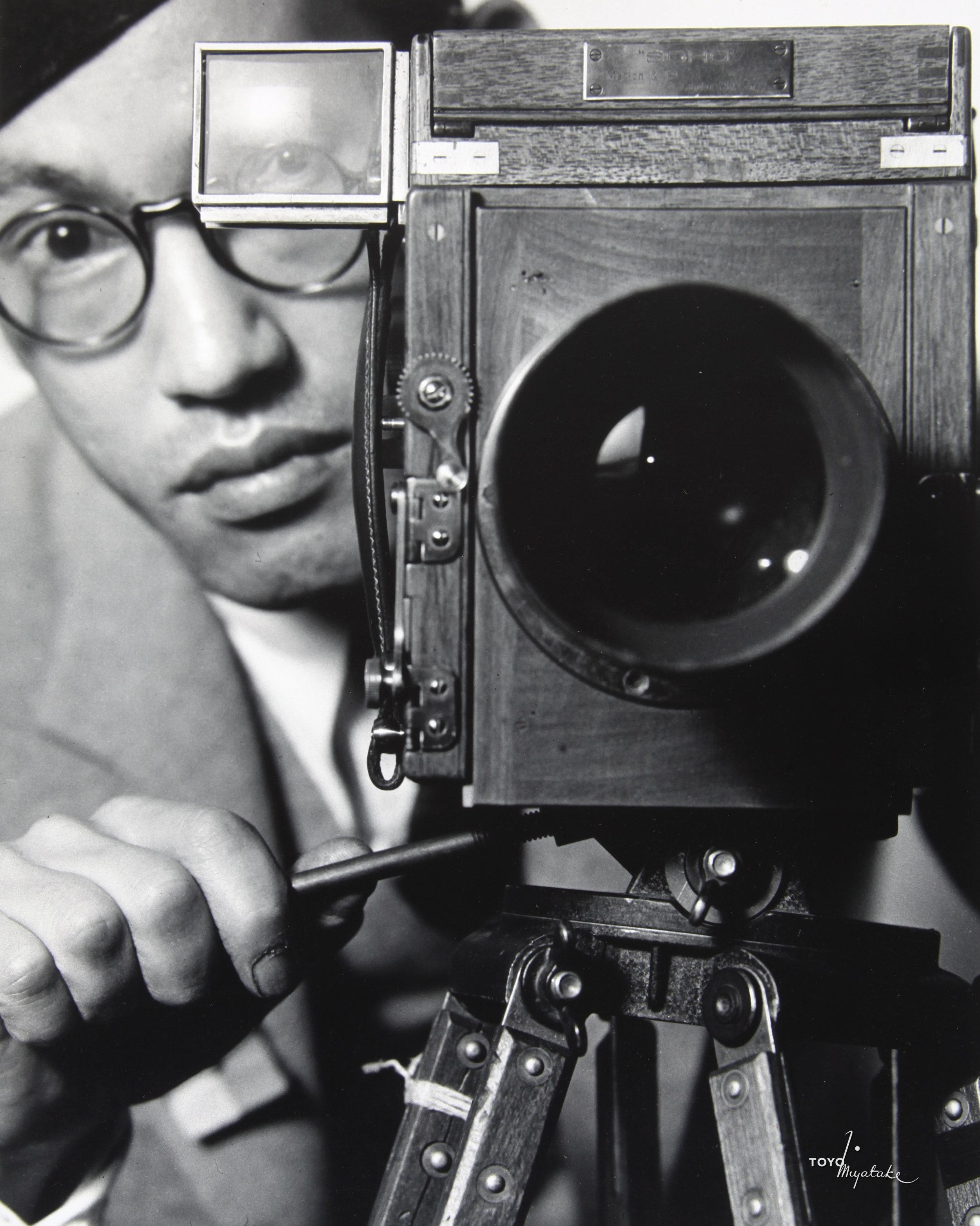 Toyo self portrait behind camera  8x10 500 dpi (1).jpg
