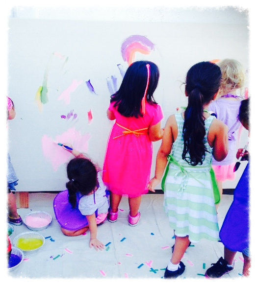 Children's Painting Party - Life-sized canvas
