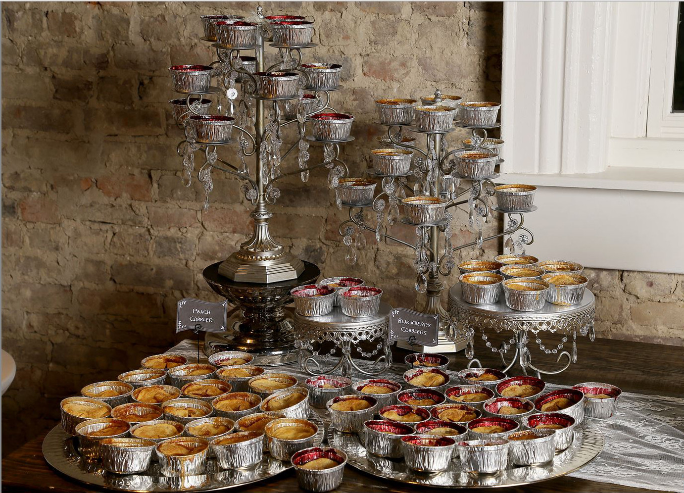 Mini pie display at a wedding reception (Affordable wedding photography)