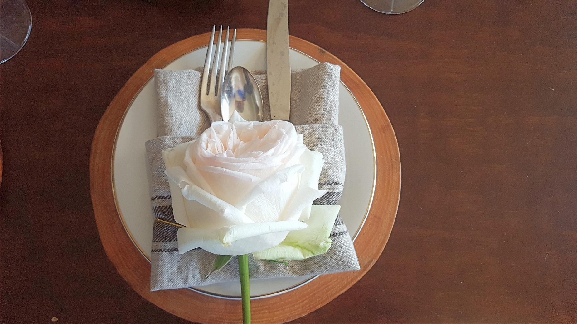 rose place setting.jpg