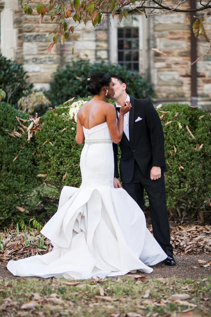 bride and groom kissing.jpeg