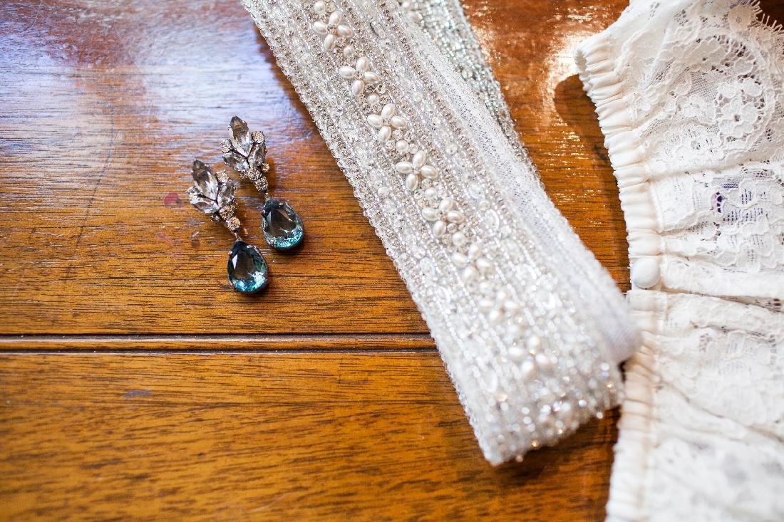 bride jewelry.jpeg