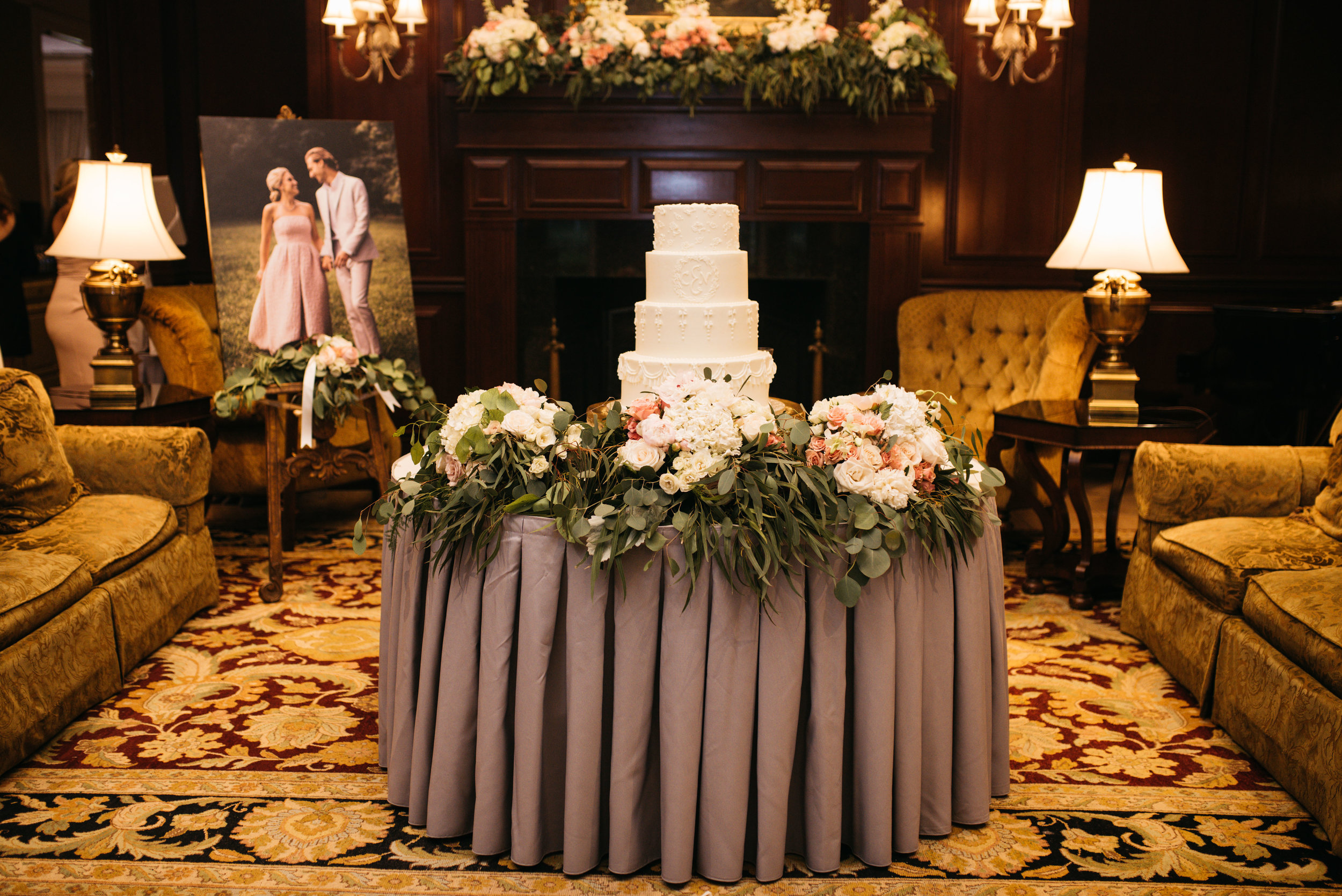 floral cake display.jpg