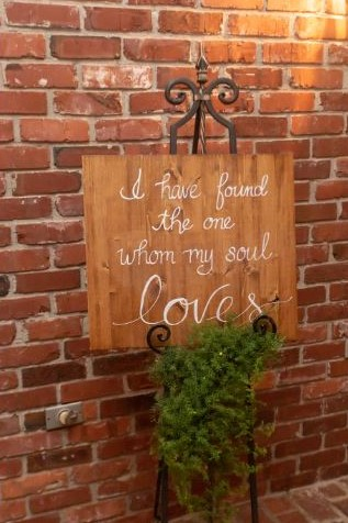 calligraphy sign found one soul loves.JPG