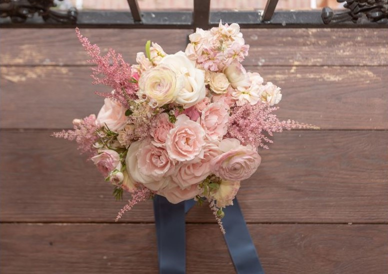 blush pink bride bouquet.JPG