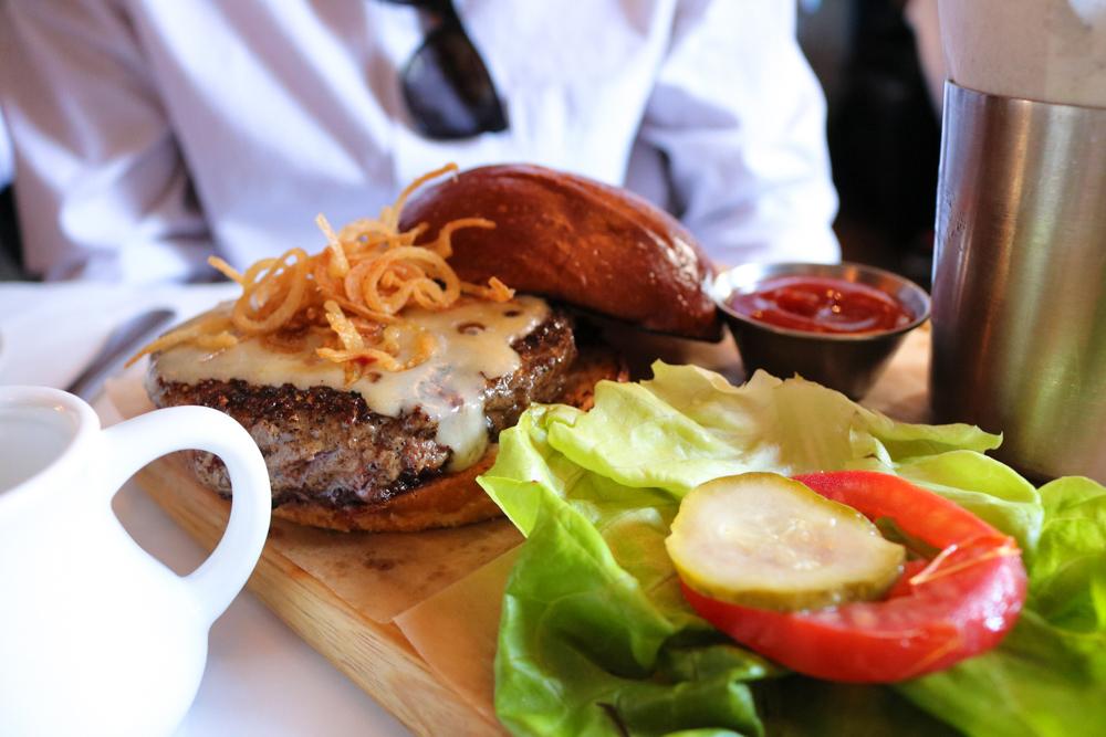 Bobo Burger ,  Caramelized onions, crispy leeks, gruyère & french fries