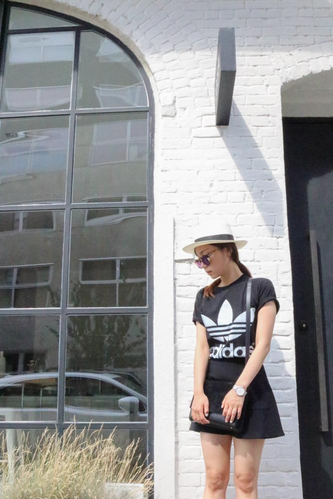 Muji Hat,  Wildfox Classic Fox Wayfarer Mirror Sunglasses , Adidas T-shirt, Urban Outfitters Skirt,  Cluse La Bohème Mesh Silver/White Watch ,  Everlane Petra Crossbody Black