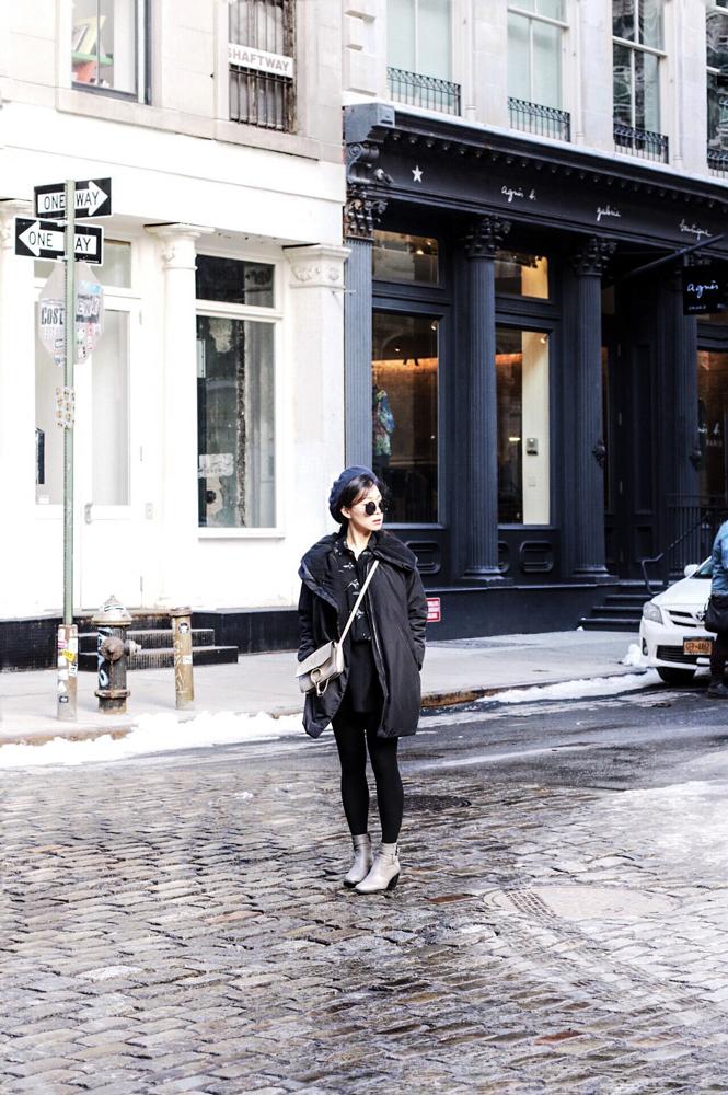 Zara Round Beret, The Row Sunglasses, Zara Shirt, Geena New York Coat, Urbanoutfitters Skirt, Hermut Lang Boots, Chloe Bag