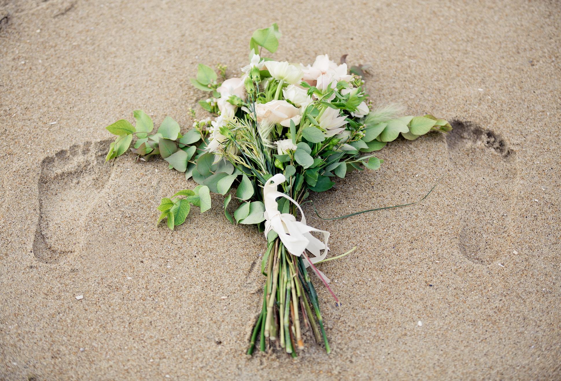 Bouquet by  Putnam & Putnam