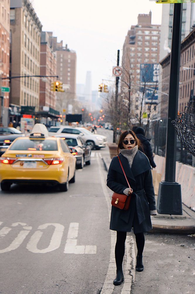 Illesteva Sunglasses, Barneys New York Coat, Céline Bag, Zara Sweater, Item m6 Stocking, Sam Edelman Boots