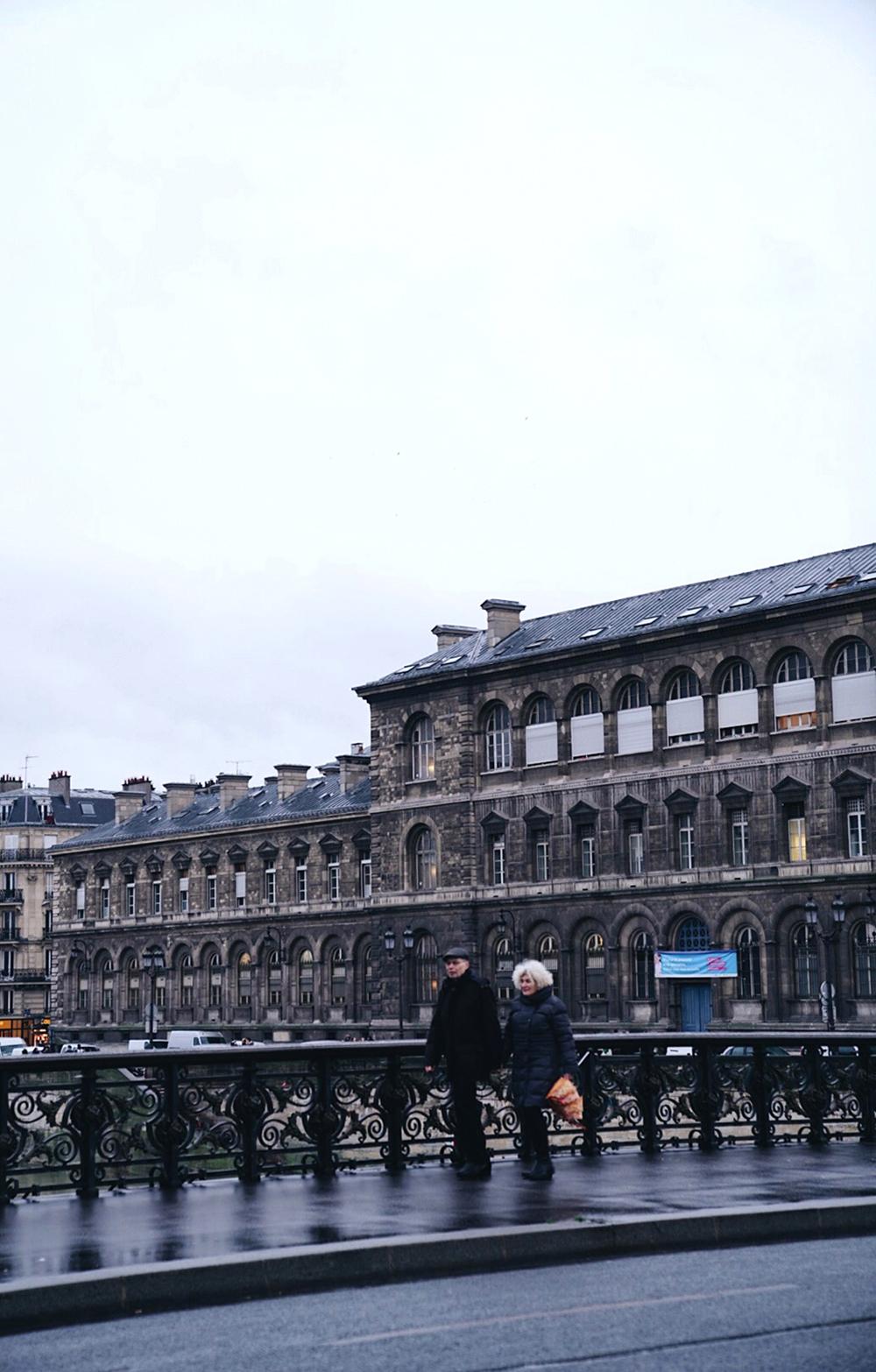 I wanna grow old like Parisian