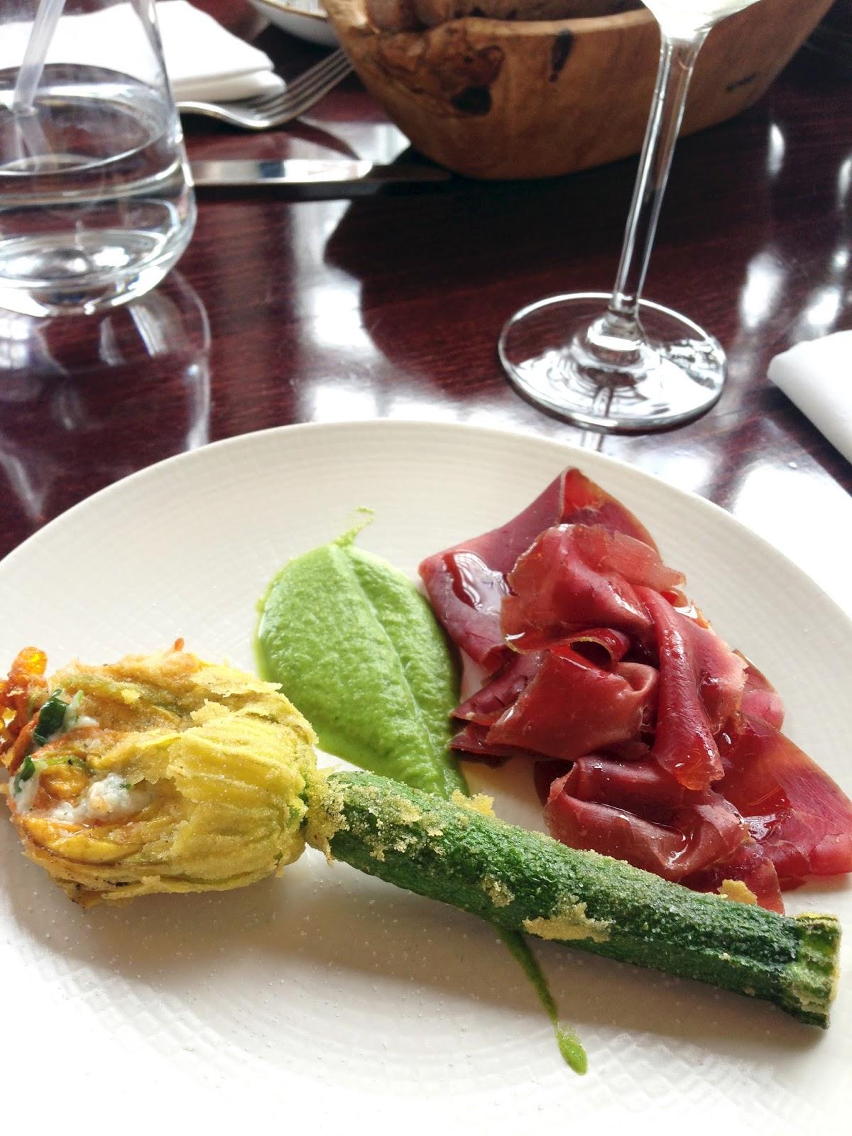 meg-made Union Street Cafe Review