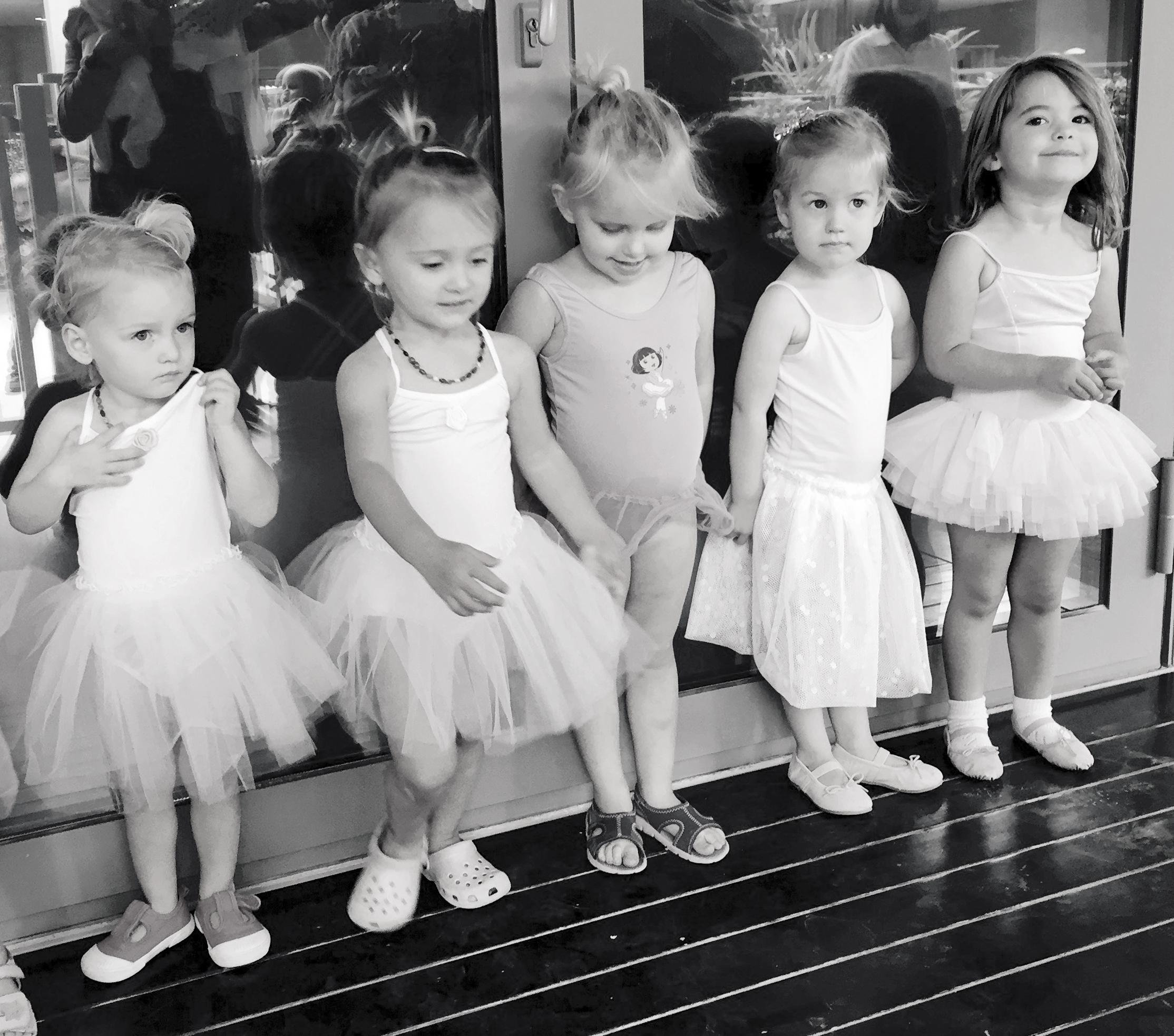 Scarlett, Zoe, Evie, Maddie and Amelia