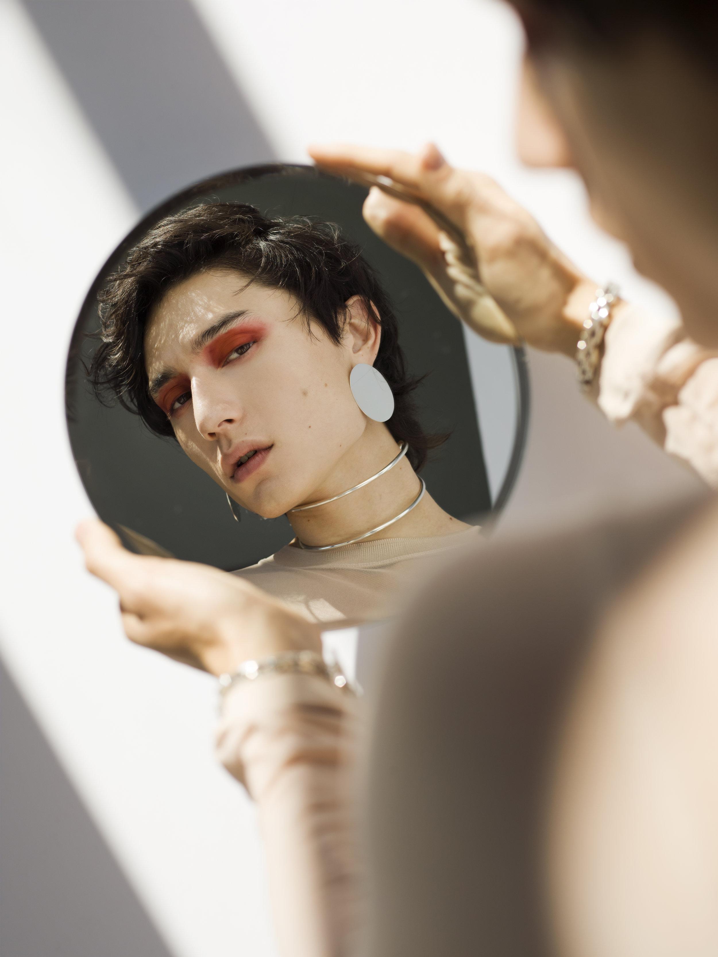 mirror_1.jpg