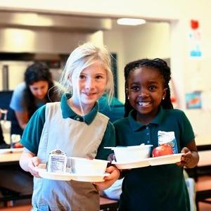 Revolution-Foods-kids-in-lunch-room.jpg